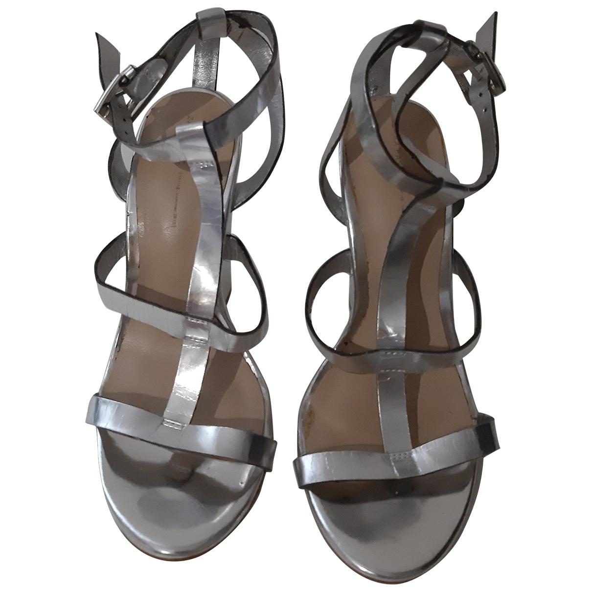 Zara \N Sandalen in  Silber Lackleder