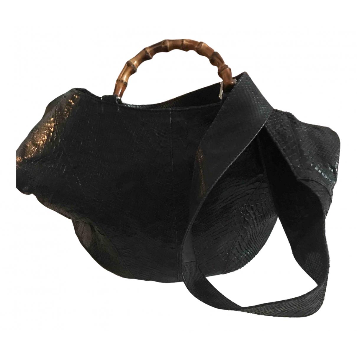 Gucci Bamboo Handtasche in  Schwarz Python