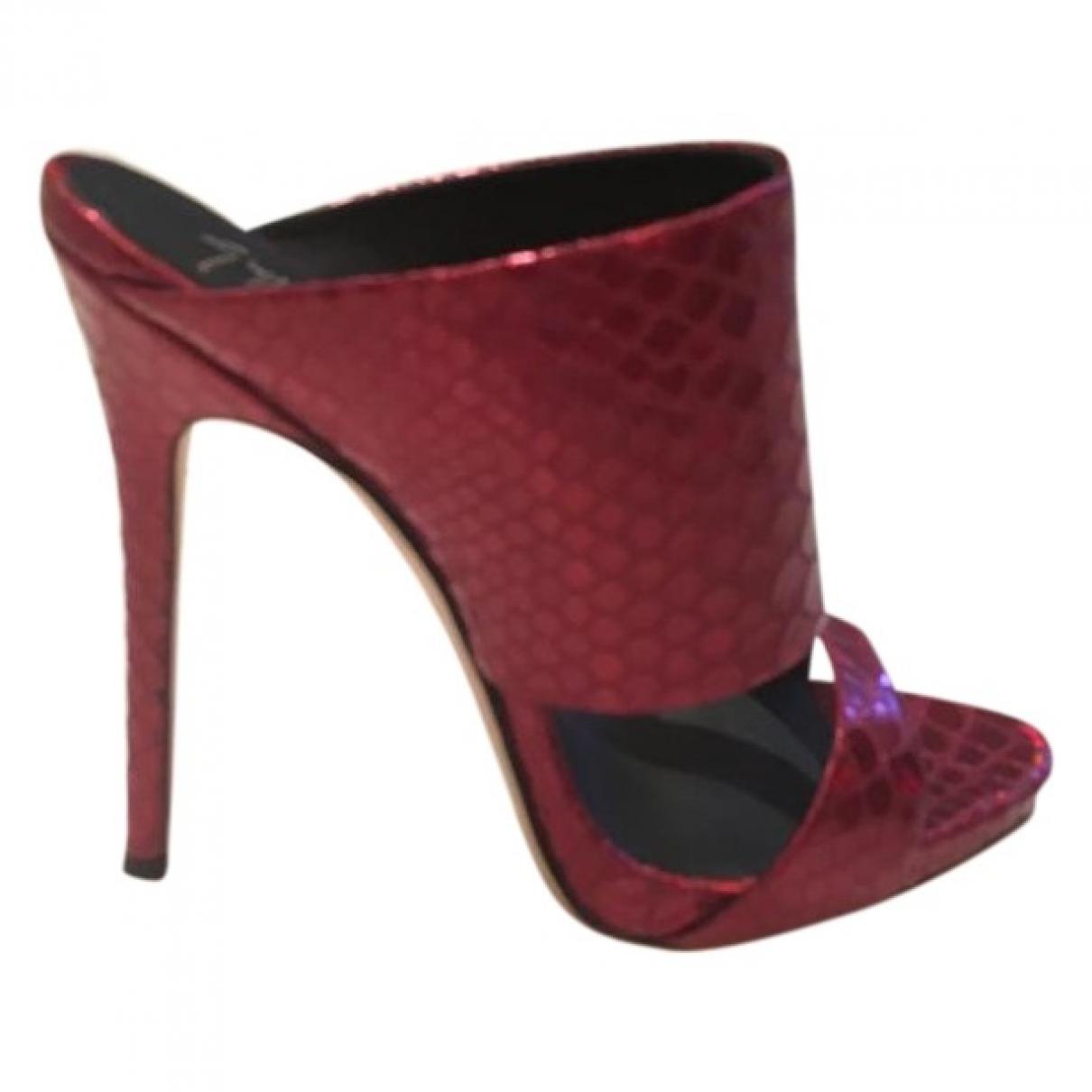 Giuseppe Zanotti - Sandales   pour femme en cuir - rouge