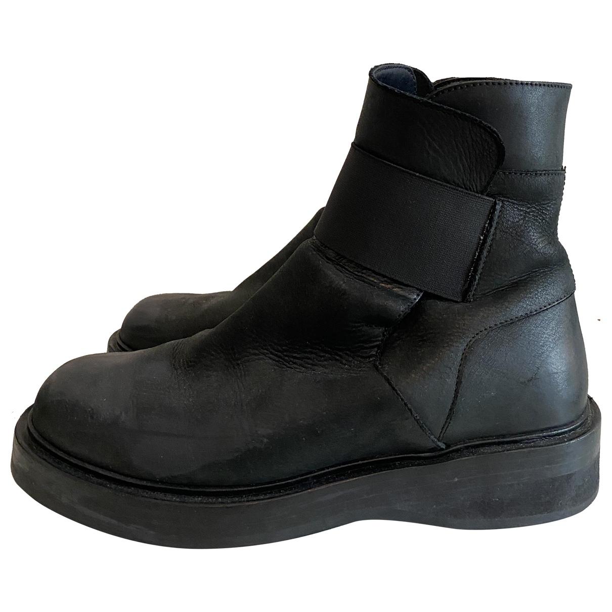 Kris Van Assche - Boots   pour femme en cuir - noir