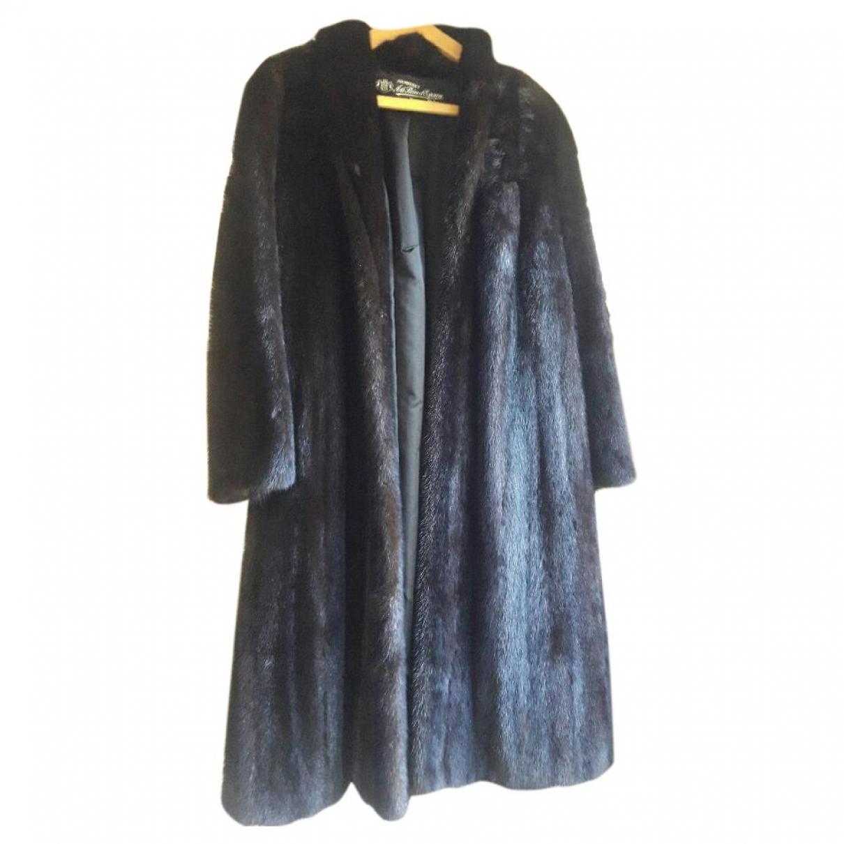 Non Signé / Unsigned \N Black Mink coat for Women 42 FR