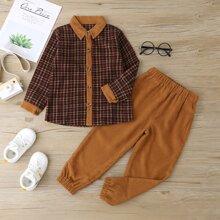 Bluse mit Karo Muster und Knopfen & Cord Hose