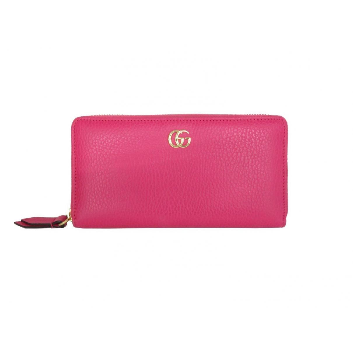 Gucci Marmont Portemonnaie in  Rosa Leder