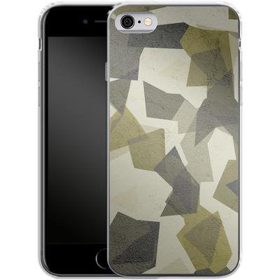 Apple iPhone 6s Silikon Handyhuelle - Geometric Camo Green von caseable Designs
