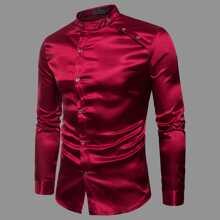 Camisa de saten unicolor con boton