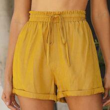 Shorts mit Rueschen auf Taille und gerollten Manschetten