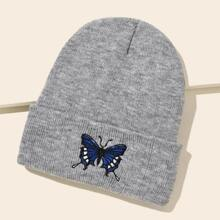 Gorro con bordado de mariposa