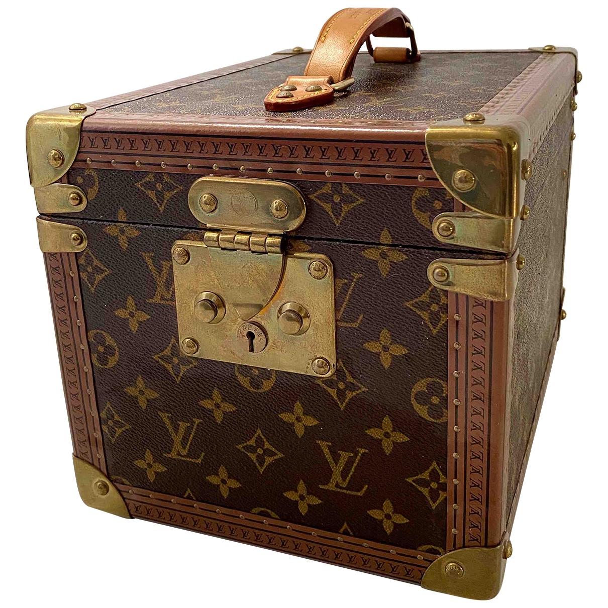 Louis Vuitton Boîte à Flacons Brown Cotton Travel for Life & Living \N