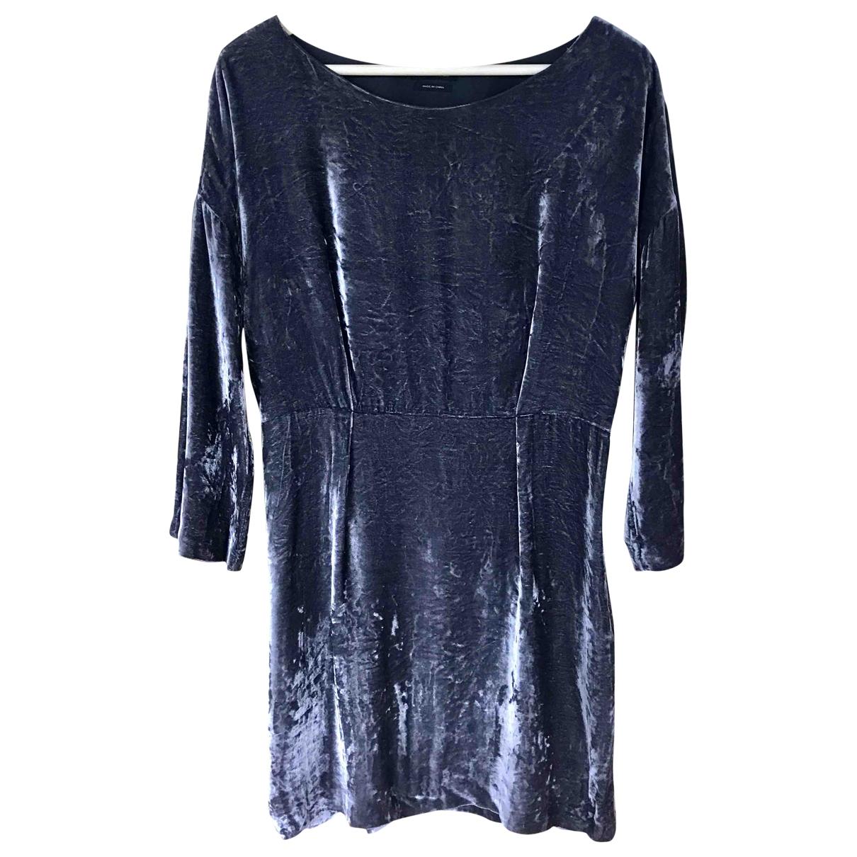Massimo Dutti \N Kleid in  Grau Samt