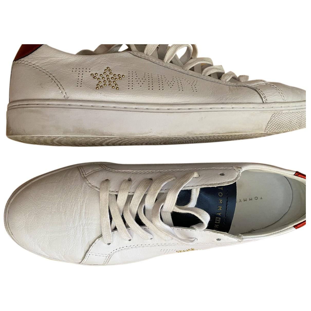 Tommy Hilfiger \N Sneakers in  Weiss Leder