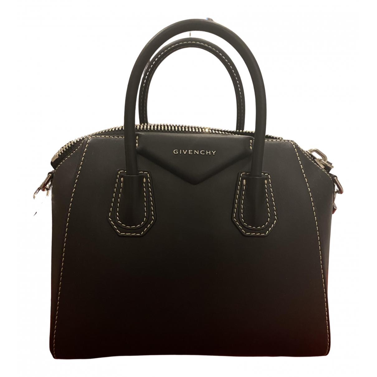 Givenchy Antigona Handtasche in  Schwarz Leder