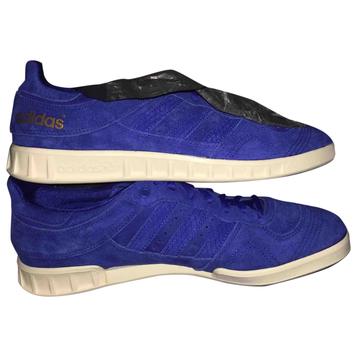 Adidas Superstar Sneakers in  Blau Veloursleder