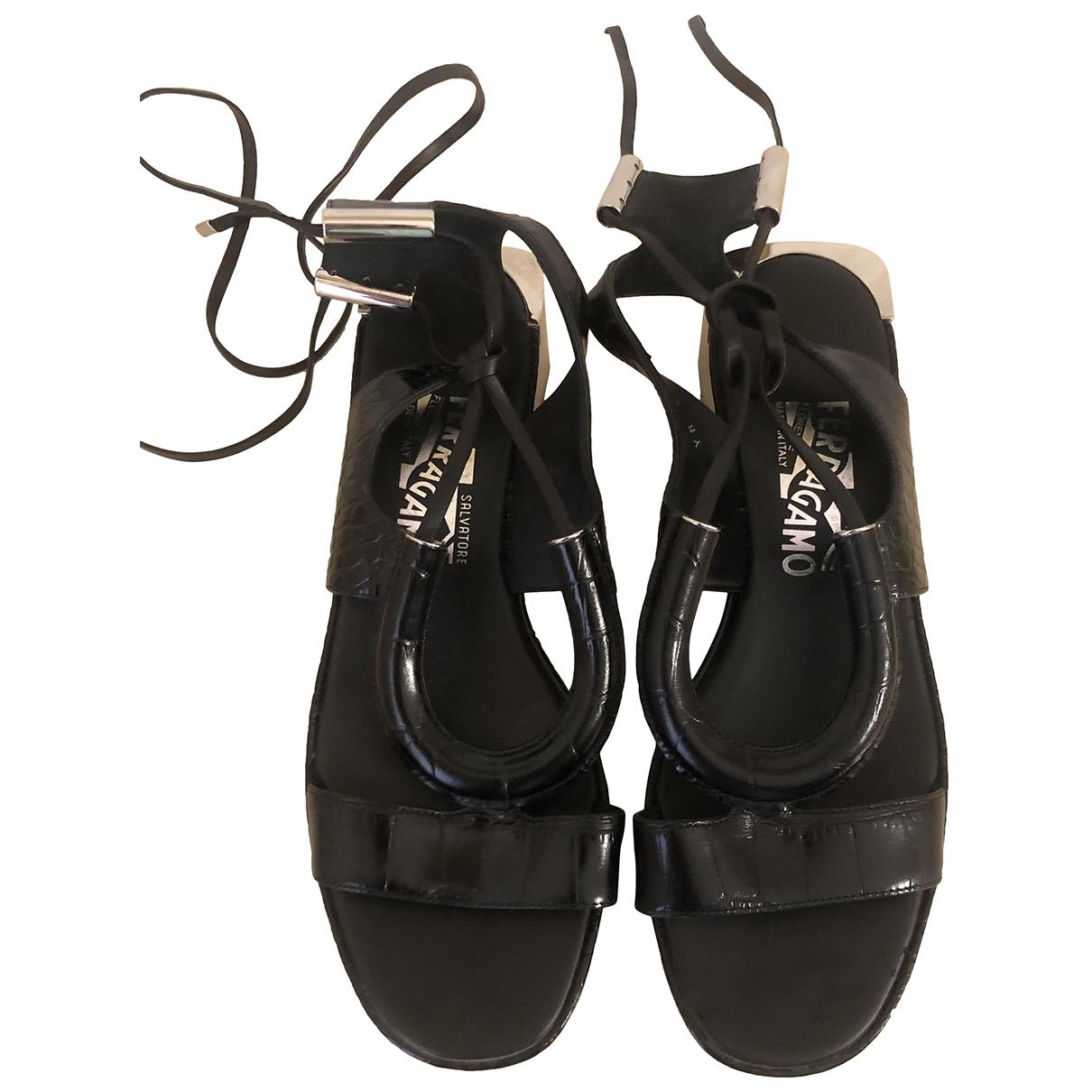 Salvatore Ferragamo \N Black Leather Sandals for Women 6.5 US
