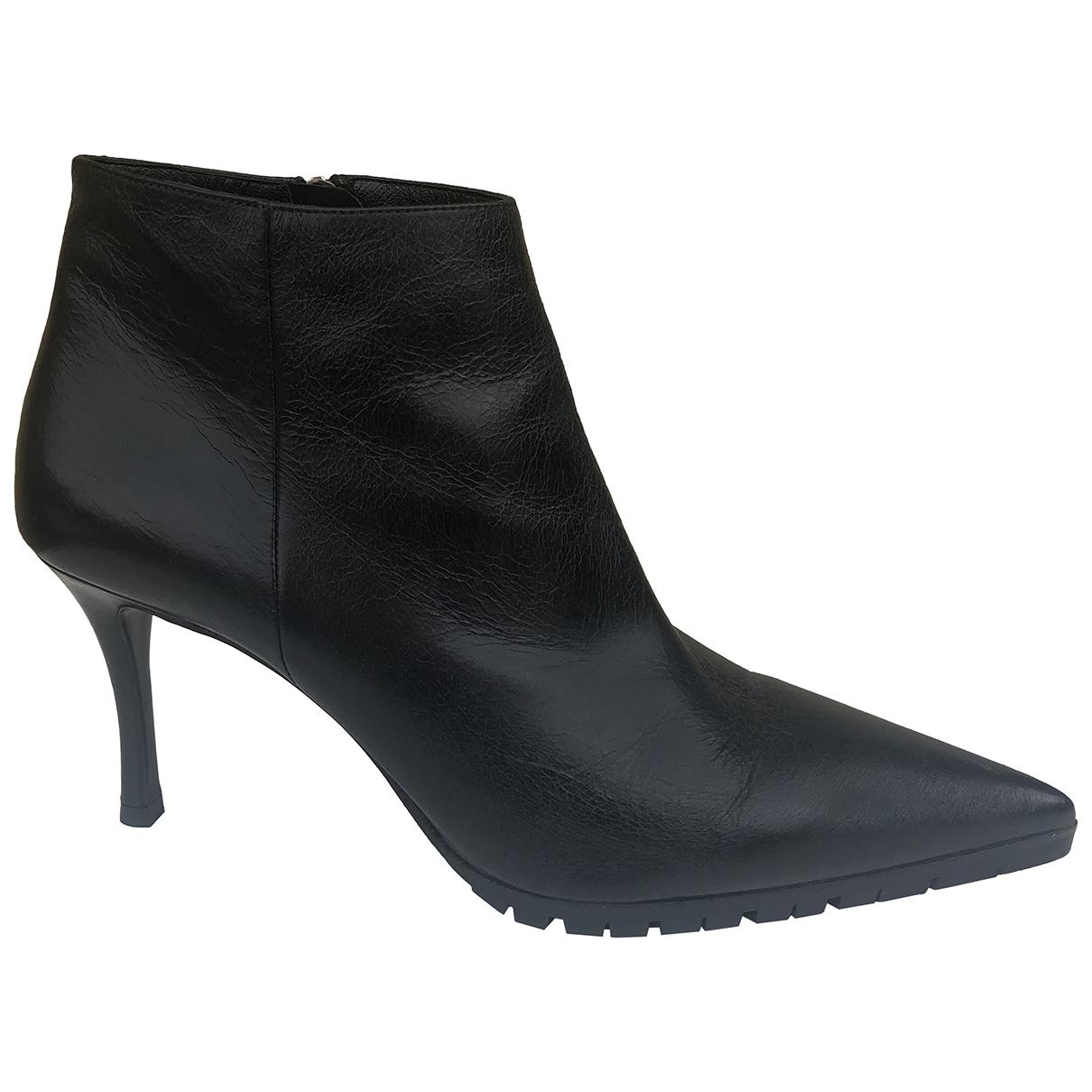 Miu Miu \N Black Leather Ankle boots for Women 41 EU