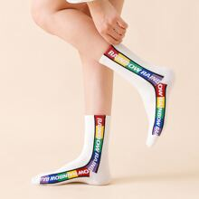 2pairs Letter Graphic Socks