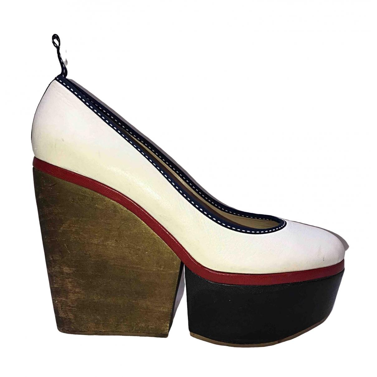 Dolce & Gabbana \N Clogs in  Weiss Leder