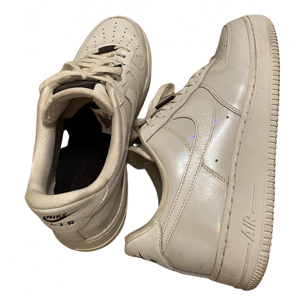 Nike - Baskets Air Force 1 pour femme en caoutchouc - blanc