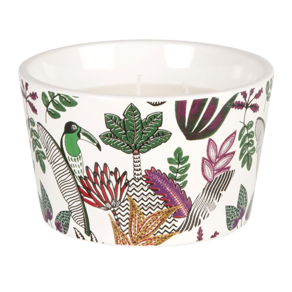 Duftkerze im weissen Keramikgefaess mit aufgedrucktem Blattmotiv