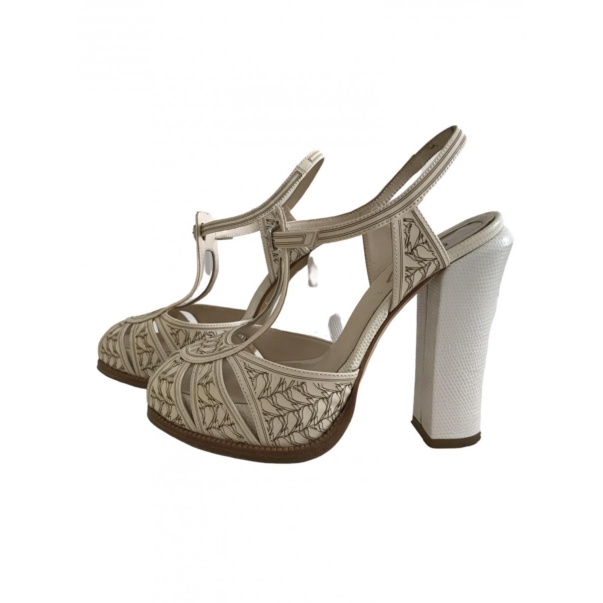Fendi \N White Leather Heels for Women 36 IT