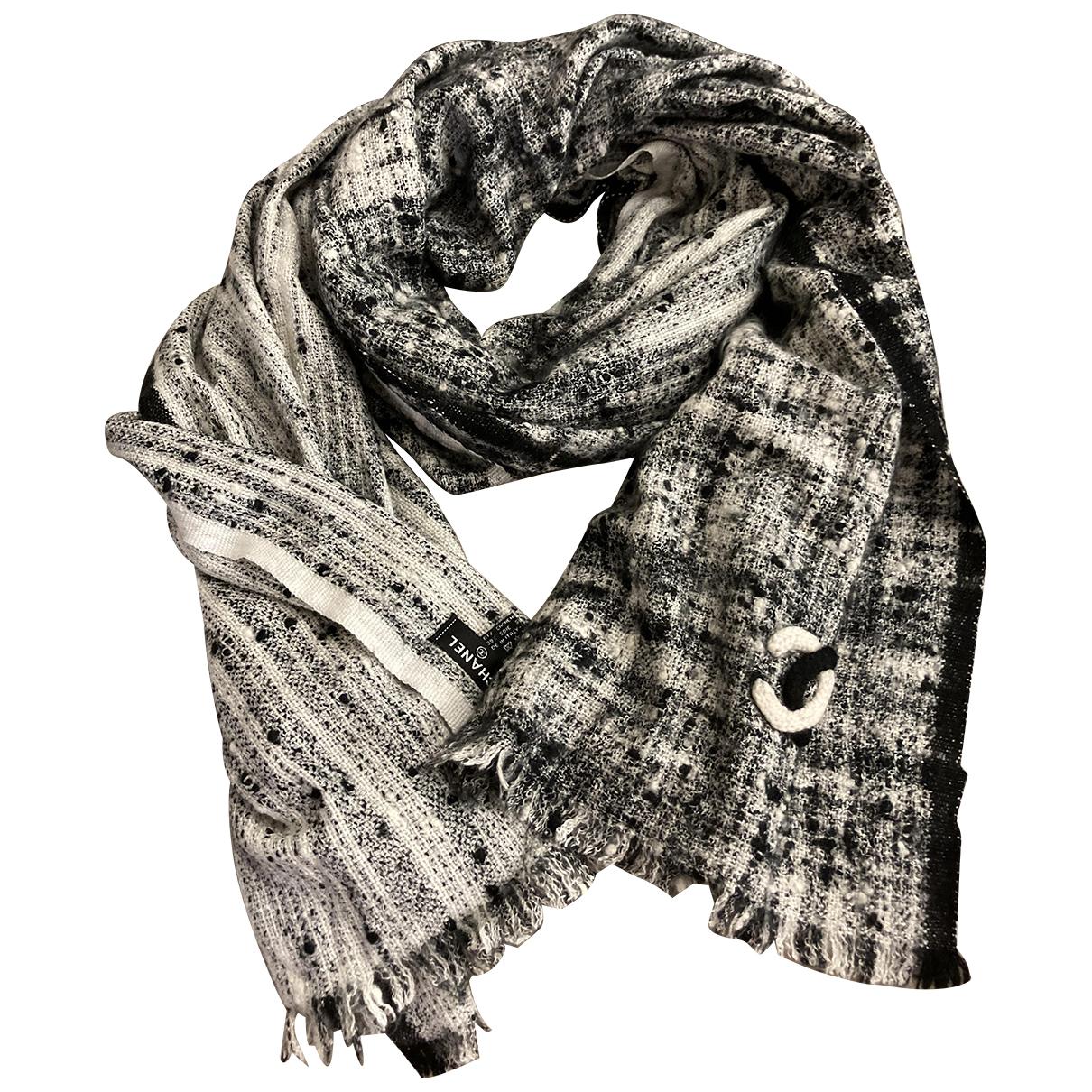 Chanel \N Black Cashmere scarf for Women \N