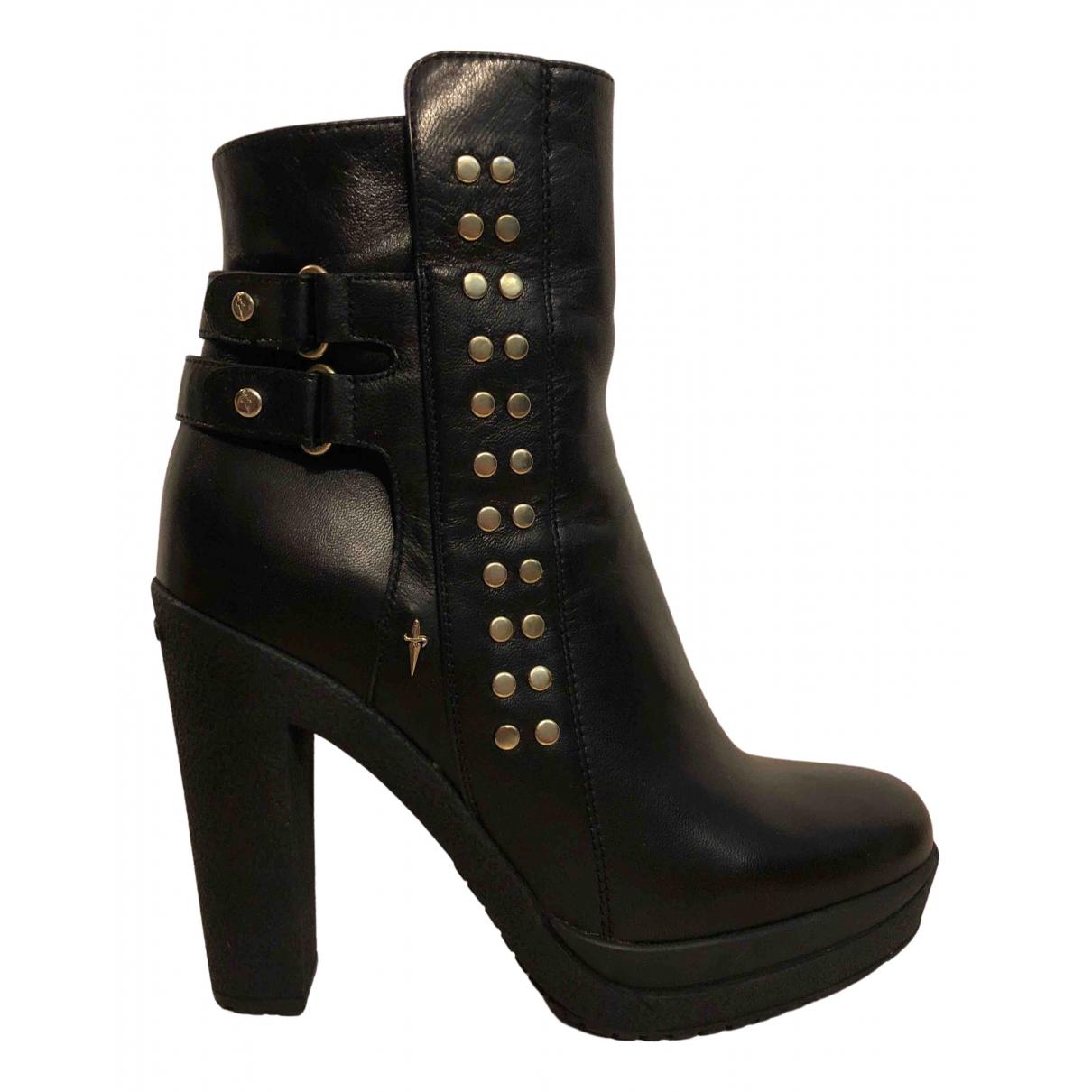 Cesare Paciotti N Black Leather Ankle boots for Women 37 EU