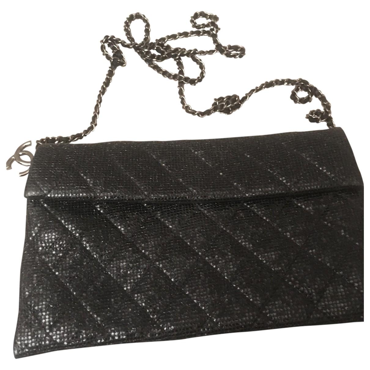 Pochette de Con lentejuelas Chanel