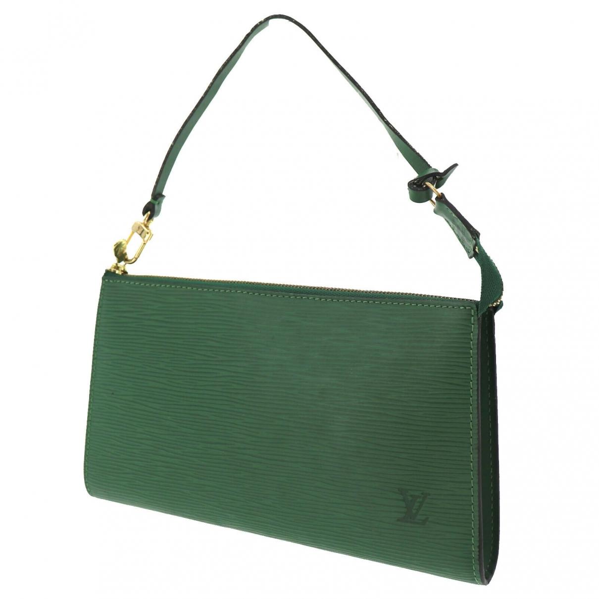 Louis Vuitton Pochette Accessoire Green Leather Clutch bag for Women \N