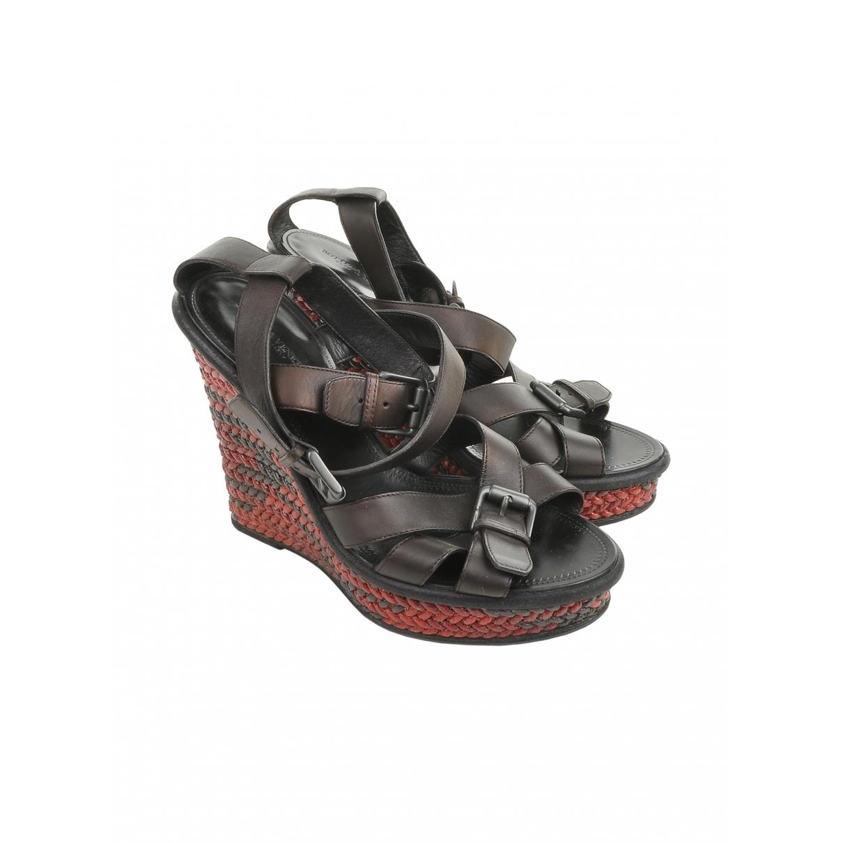 Bottega Veneta \N Brown Leather Sandals for Women 38 EU