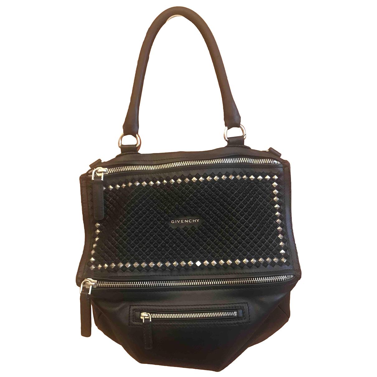 Givenchy Pandora Black Leather handbag for Women \N