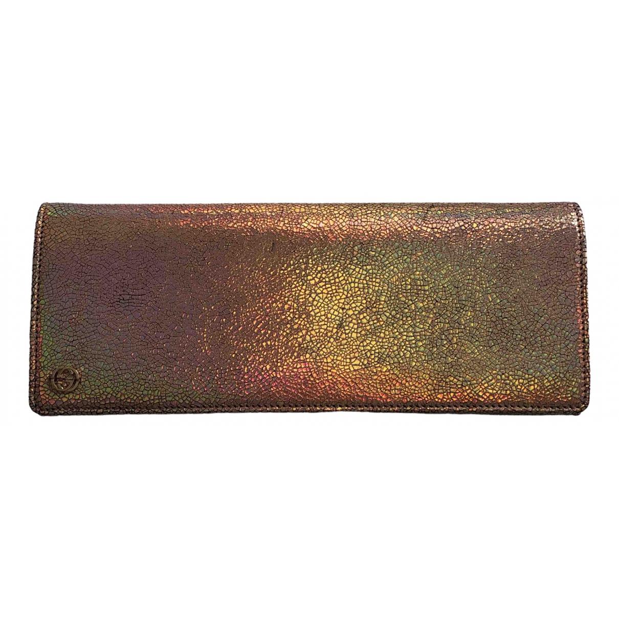Gucci \N Clutch in  Metallic Leder