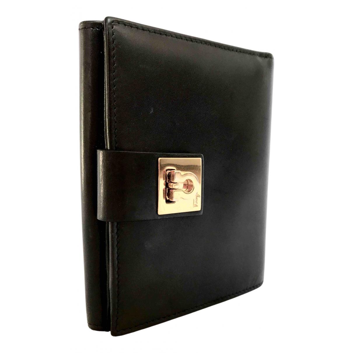 Salvatore Ferragamo N Black Leather wallet for Women N