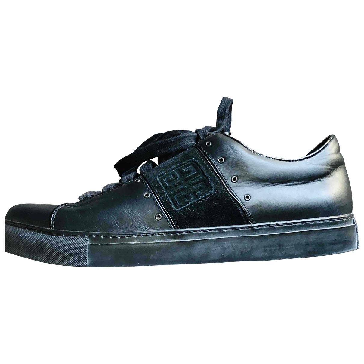 Givenchy - Baskets   pour homme en cuir - noir