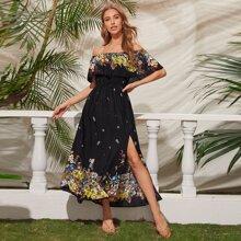 Schulterfreies Kleid mit Blumen Muster, Schosschen und hohem Schlitz