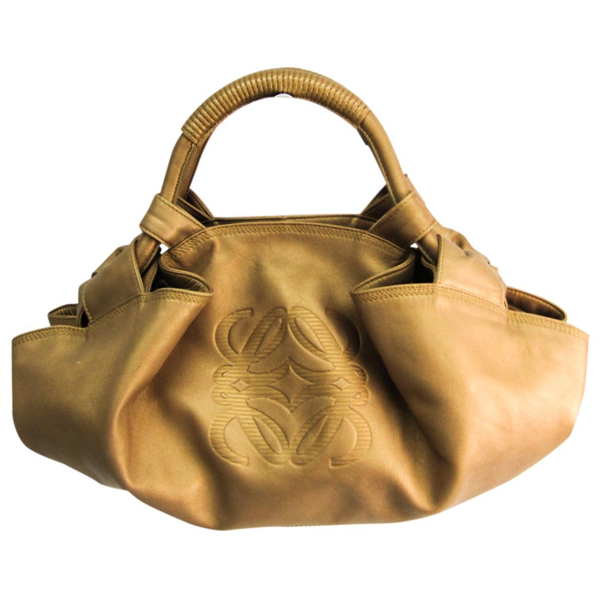 Loewe \N Handtasche in  Gold Leder