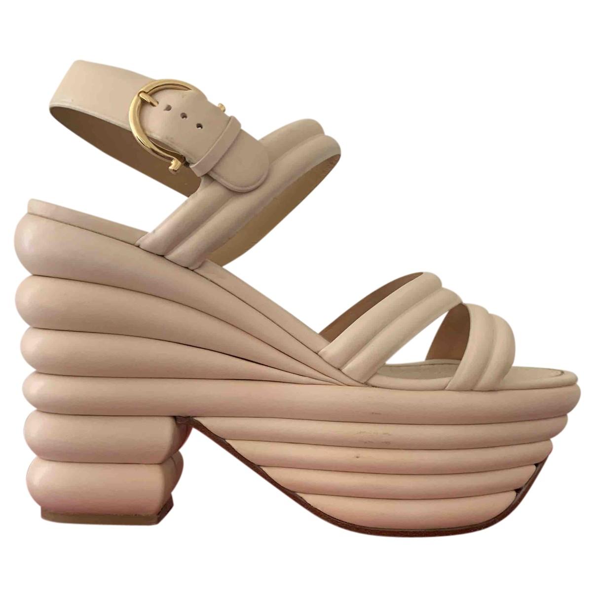 Salvatore Ferragamo - Sandales   pour femme en cuir - beige