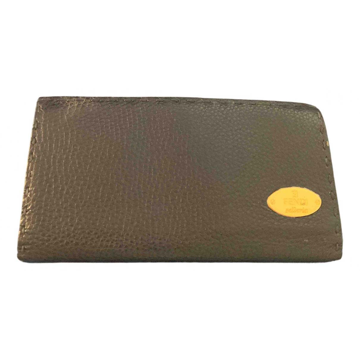 Fendi \N Portemonnaie in  Blau Leder