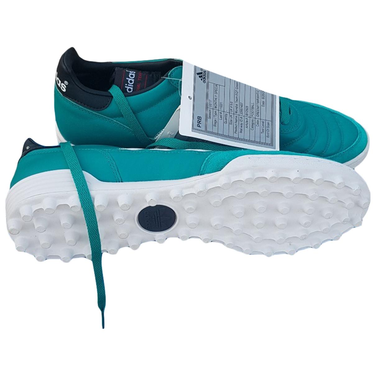 Adidas \N Sneakers in  Gruen Leder