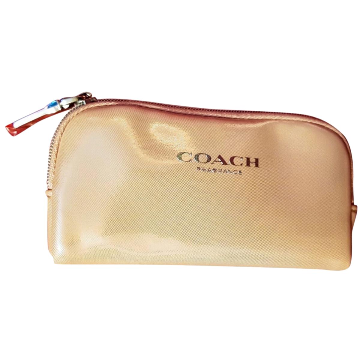 Coach \N Clutch in  Beige Polyester