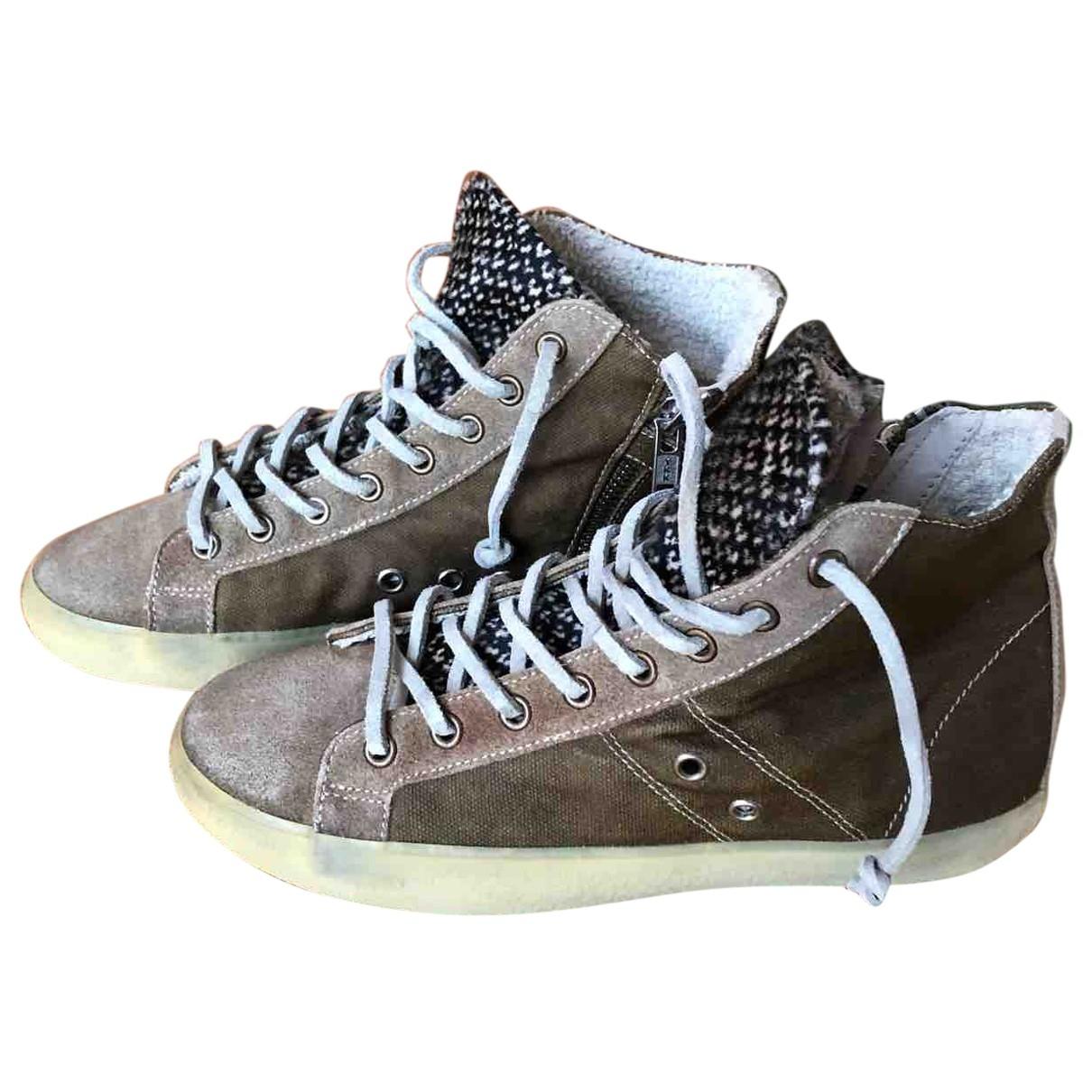 Leather Crown \N Sneakers in Veloursleder