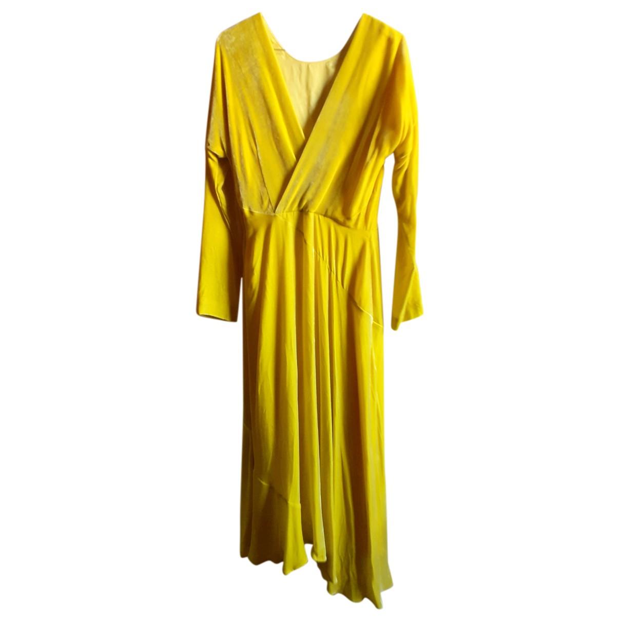 Cedric Charlier \N Kleid in  Gelb Samt
