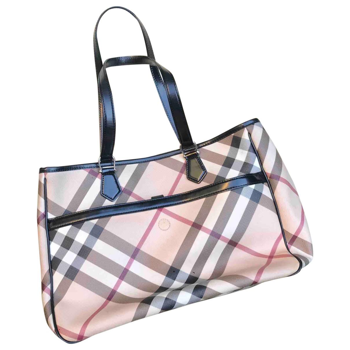 Burberry \N Handtasche in  Beige Lackleder