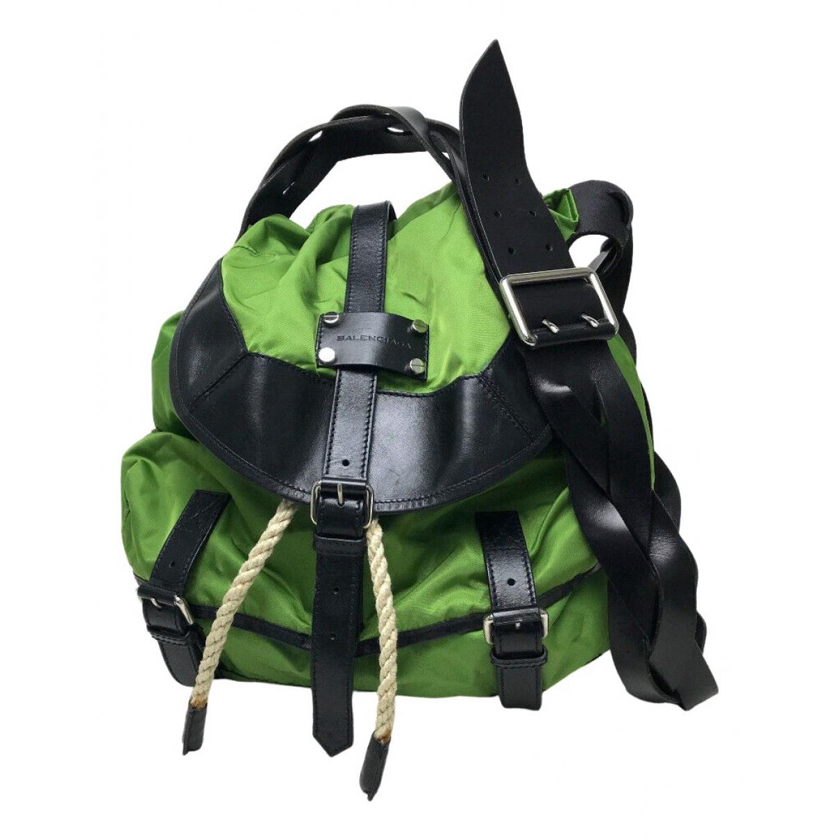 Balenciaga N Green Cloth handbag for Women N