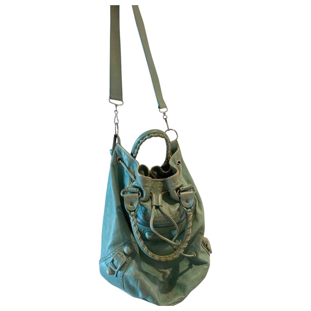 Balenciaga Pompon Handtasche in  Tuerkis Leder