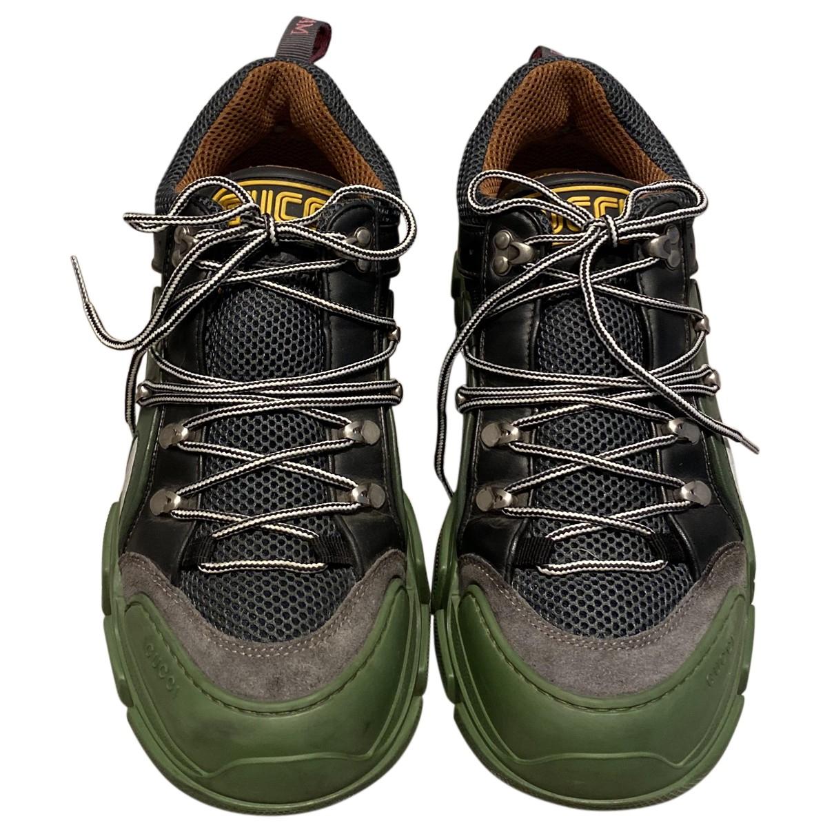 Gucci Flashtrek Sneakers in  Bunt Leinen