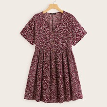 Kleid mit V Ausschnitt und Knopfen