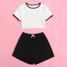 Maedchen Ringer T-Shirt mit gekraeuseltem Saum & Shorts Schlafanzug Set