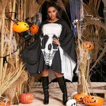 Kleid mit Halloween & Buchstaben Muster und Fledermausaermeln