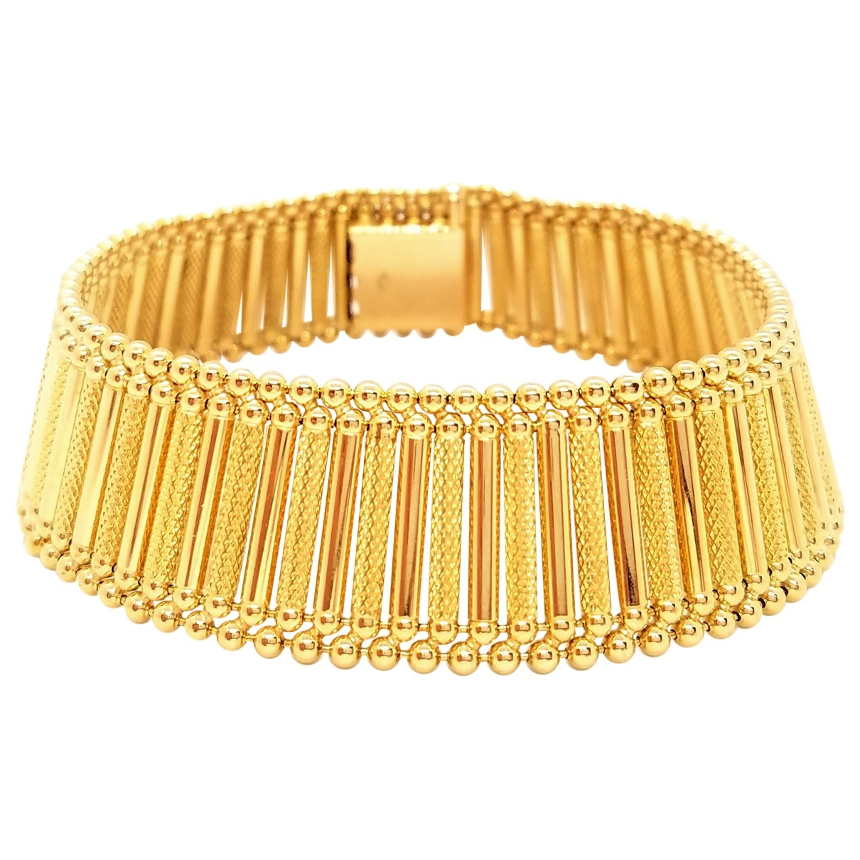 Non Signé / Unsigned \N Gold Yellow gold bracelet for Women \N