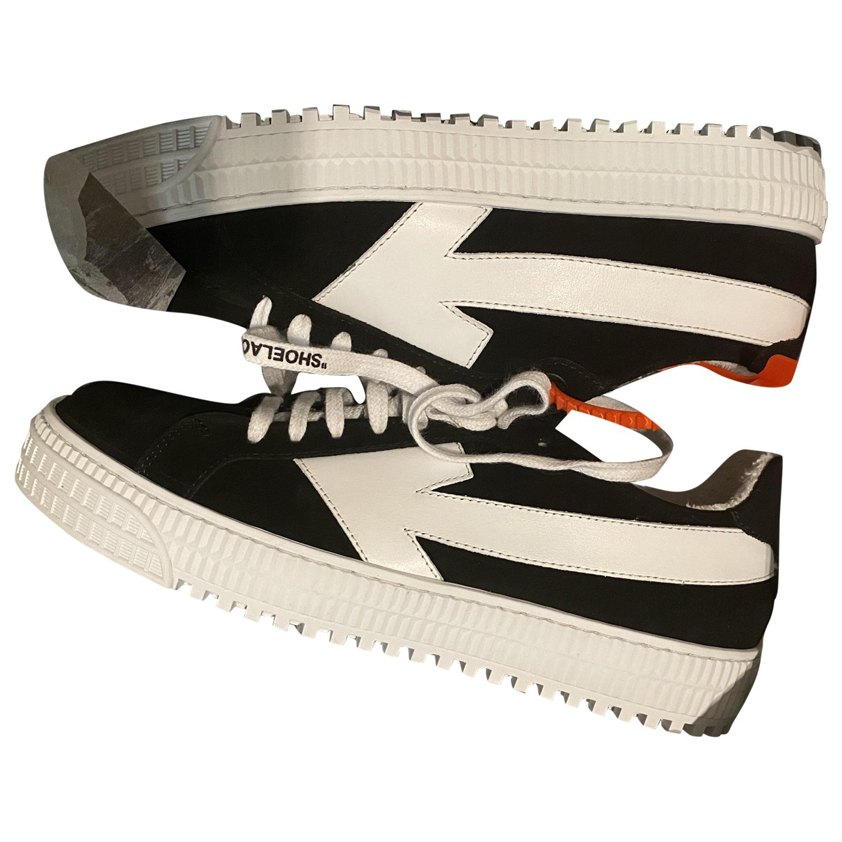 Off-white Arrow Sneakers in  Schwarz Veloursleder