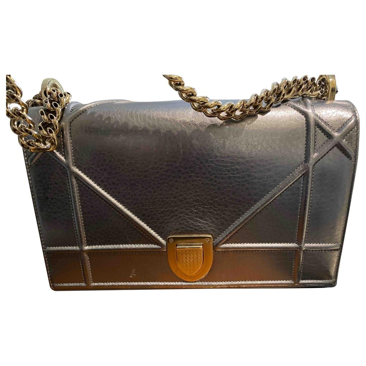 Dior - Sac a main Diorama pour femme en cuir - metallise